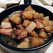 冬吃萝卜之下饭菜~五花肉炖萝卜丁