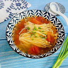 #快手又营养,我家的冬日必备菜品#番茄金针菇汤