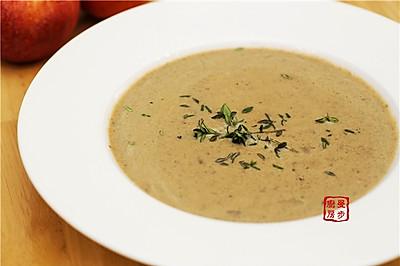 【曼步厨房】野生菌菇奶油浓汤
