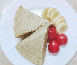 #换着花样吃早餐#香蕉酸奶蛋糕(电饭锅版)的做法