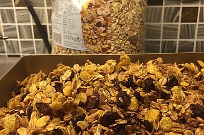 自制蜂蜜燕麦片(格兰诺拉燕麦片)