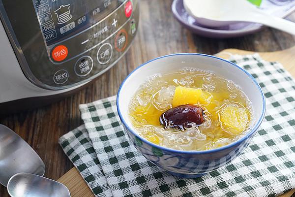 南瓜银耳红枣汤的做法