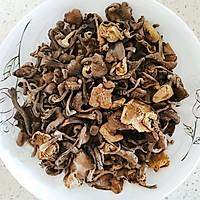 排骨炖榛蘑的做法图解2