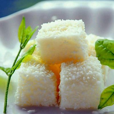 李孃孃爱厨房之一一椰丝牛奶小方糕
