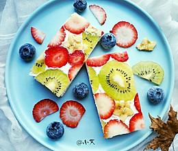 开放式水果缤纷三明治