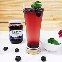 蓝莓苏打水