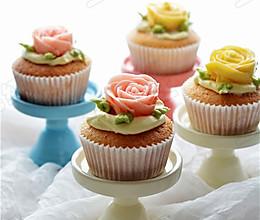 玫瑰花儿奶油小蛋糕的做法