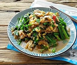 韭菜炒蛤肉的做法
