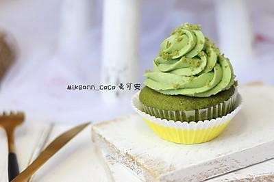 #520,美食撩动TA的心!#柠檬抹茶纸杯蛋糕