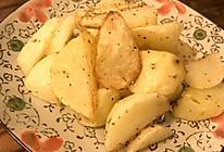 超简单的美味烤薯角的做法
