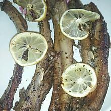 整根吃的黑椒排骨——柠香黑椒烤肋排