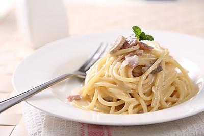 奶油蘑菇意大利面—捷赛私房菜
