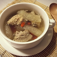 枸杞竹荪排骨汤