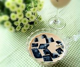 【烧仙草奶茶】怀念大学的味道的做法