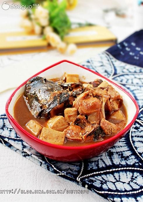 侉炖豆腐鱼的做法
