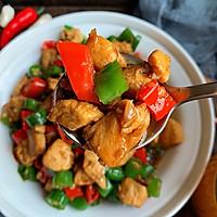 青红椒炒鸡丁的做法图解8