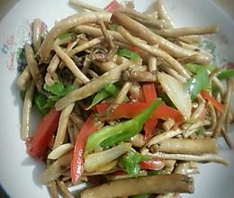 青椒茶树菇的做法