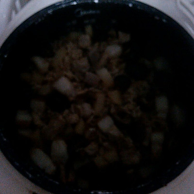 香菇猪肉焖饭