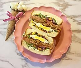 照烧鸡肉煎蛋三明治的做法