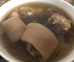 猪尾杜仲补血补肾养颜汤的做法