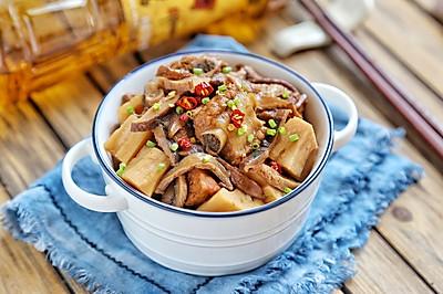 香菇莲藕炖排骨#金龙鱼外婆乡小榨菜籽油 最强家乡菜#