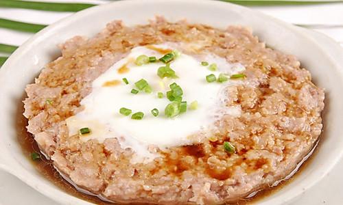 肉饼蒸蛋的做法