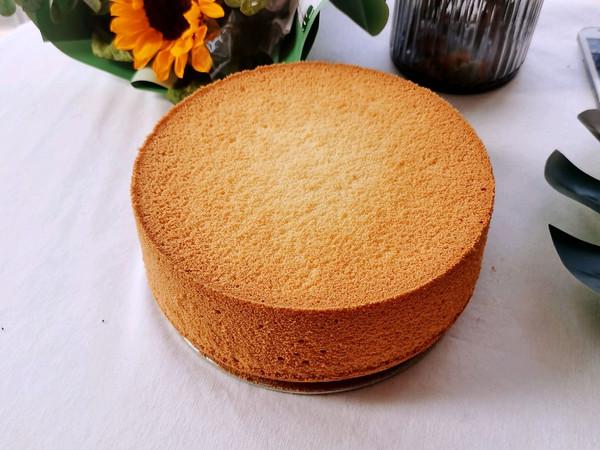 超级松软的原味八寸戚风蛋糕