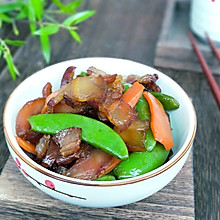 #无腊味,不新年#腊肉荷兰豆