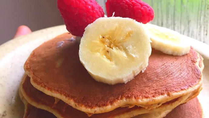 无油健康减脂早餐 香蕉全麦班戟