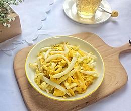 蒜蓉白菜炒鸡蛋的做法