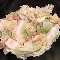 #快手又营养,我家的冬日必备菜品#五花肉炖白菜的做法图解6