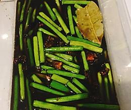 下饭的腌蒜苔的做法