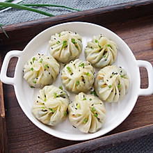 #今天吃什么#韭菜三鲜生煎包