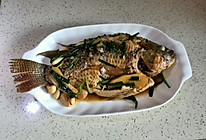 煎焗罗非鱼的做法
