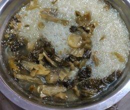酸菜粉丝汤(最下饭的汤)的做法