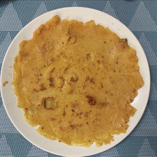 ☔️下雨了,10分钟摊个泡菜饼(鸡蛋低筋面粉版)的做法
