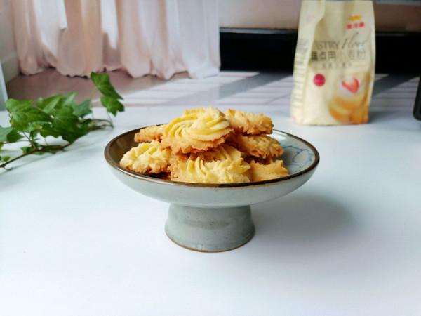 杏仁曲奇饼干的做法