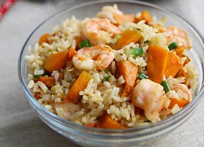 南瓜鲜虾炒饭的做法