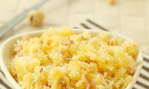 宝宝美食--培根土豆泥的做法