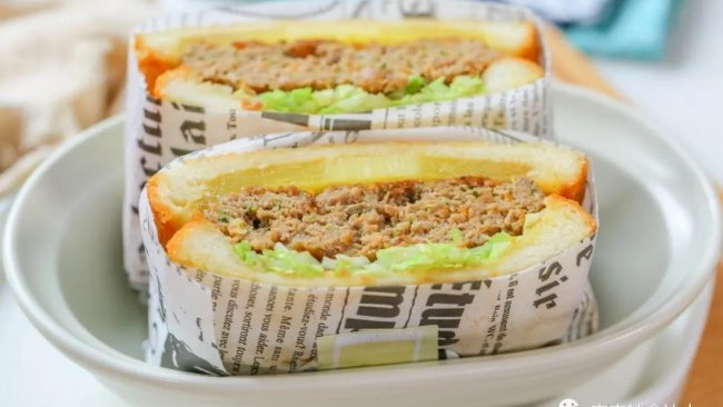 菠萝牛肉三明治【宝宝辅食】的做法