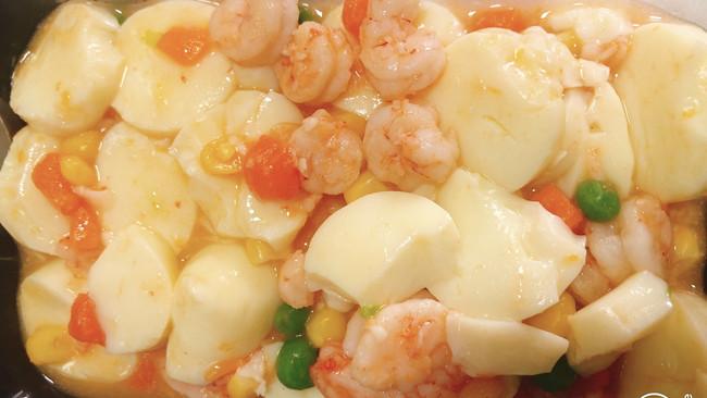 玉子豆腐虾仁烩杂菜的做法