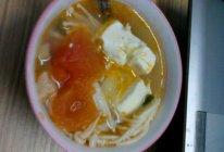 金针菇豆腐番茄汤的做法