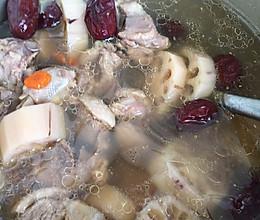 红枣莲藕老鸭汤的做法