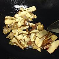 芹菜香干炒腊肉的做法图解7
