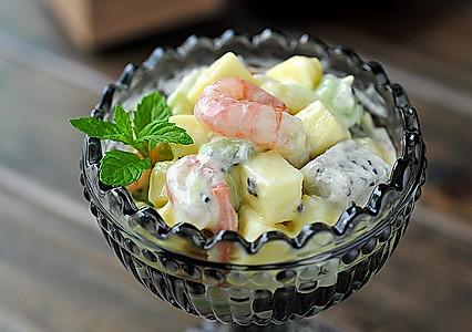 北极甜虾水果色拉的做法