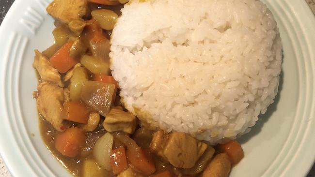 做一次就学会的咖喱鸡肉饭的做法