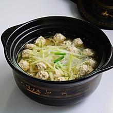 #好吃不上火#青萝卜丸子粉丝汤