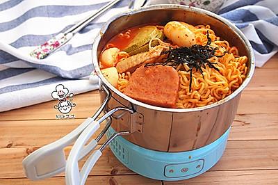 #公主系列# 韩式芝士年糕拉面部队锅