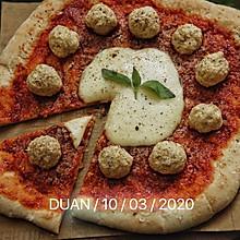 黑麦老面 意大利水牛芝士肉丸披萨