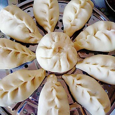 烫面蒸饺(猪肉芹菜)